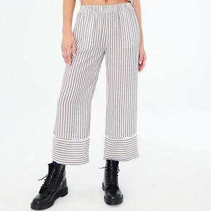 Striped Wide Leg Cropped Pants